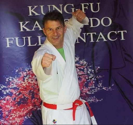 Bogdan Stoïca est désormais 6e dan de karaté, mais n'envisage pas pour autant d'arrêter la compétition.